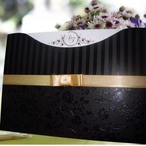 convites preto com dourado