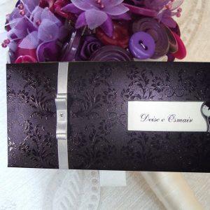 convites de casamento roxo